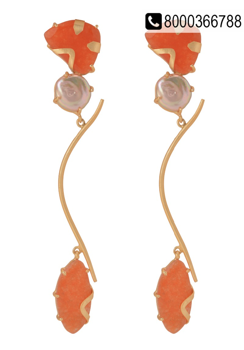 Splurge into elegant Maheswari sarees and Jewellery.