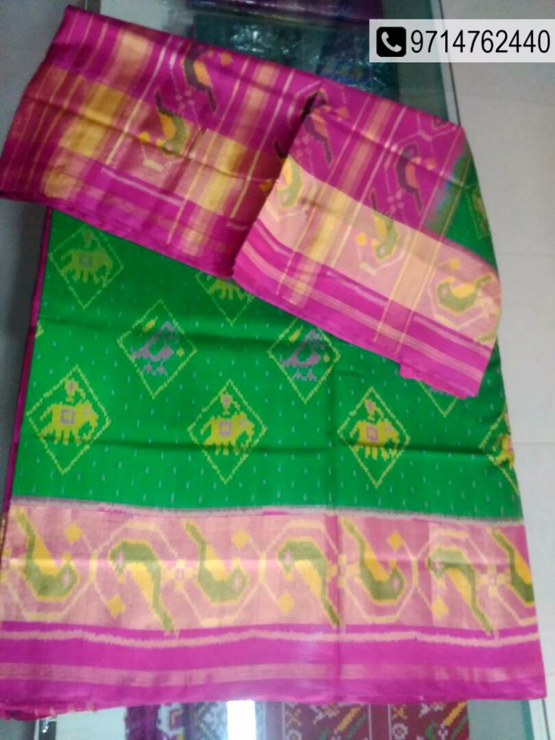 Be graceful with Silk Patolas @ 25% off.