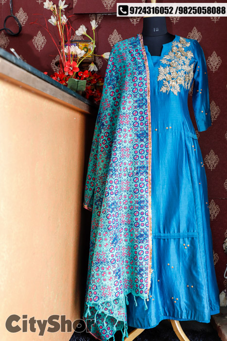 FLAT 50% OFF on entire collection at Aryans Designer Studio!