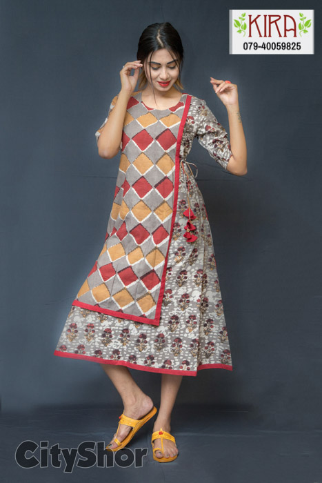 FLAT 25% OFF on all Products at Kira Ethnic!