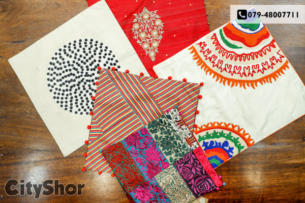 Up to 40% OFF on Apparels & Home decor at Craftroots!