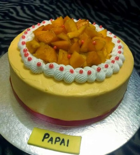 These Real Fruits Customised Cakes are Irresistible!