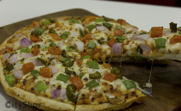 Puffizza presents Puff based Pizza in India