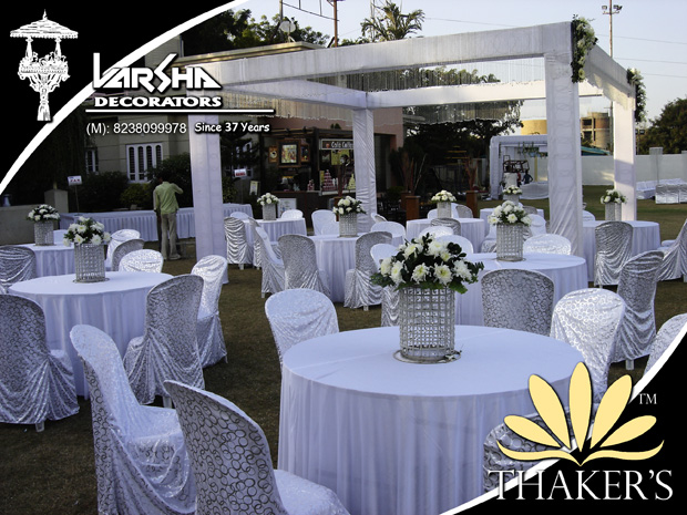 Glam up your D-Day by going all White with VARSHA DECORATORS