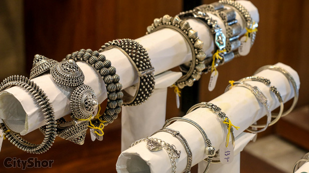 Witness ESSERE VOI & ANAND JEWELLERS at Anmol Gallery
