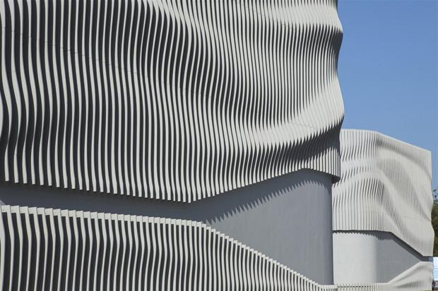 Majestic Art into Architecture!