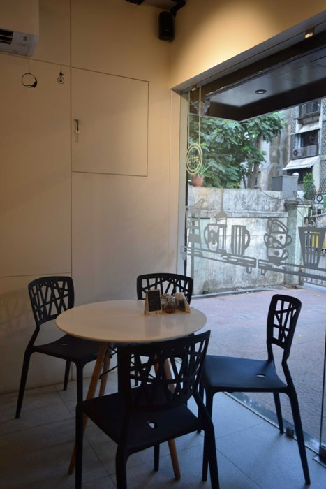 Do You Know this Vile Parle Cafe Serves Nutella Lasagne?