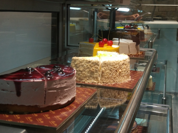 Pacify Your Sweet Tooth with Chantilly's Delish Desserts!
