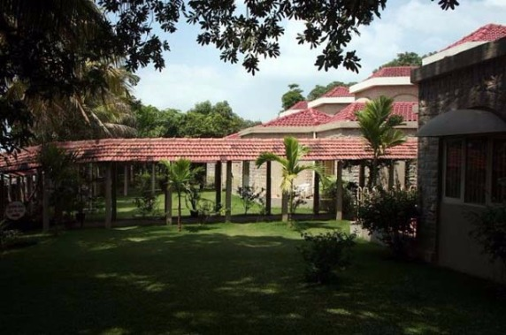 Check Into These Fabulous Resorts Near Surat This Weekend!
