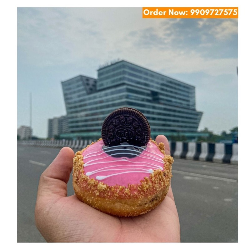 Get donuts home-delivered from Superdonuts, Call: 9909727575