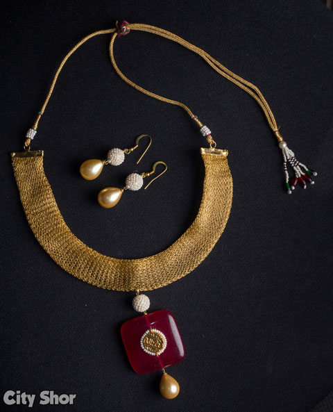 Ratnakar Jewellery - For the royal you!