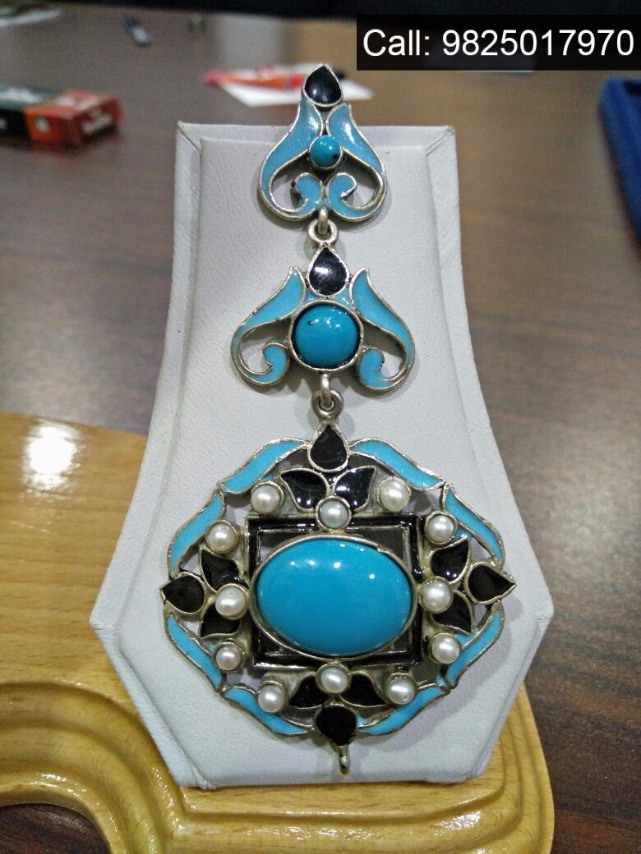 Apparels, Jewellery & much more at TRAVELER'S HOME