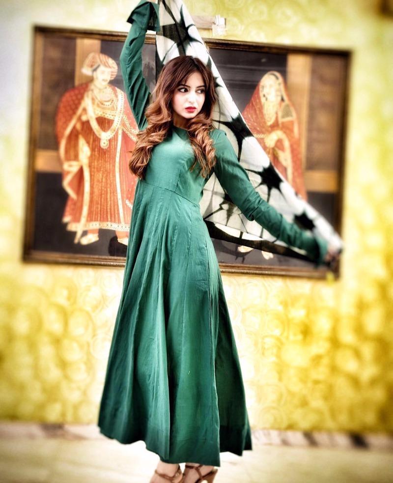 FAABIIANA displays gorgeous Bridal Wear at MONSOON