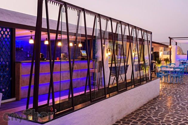 A Rooftop Experience & an Exquisite Mughlai Dinner at YOLO