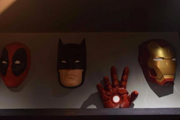 This Lounge of Ghatkopar is Every Superhero fan's Paradise!