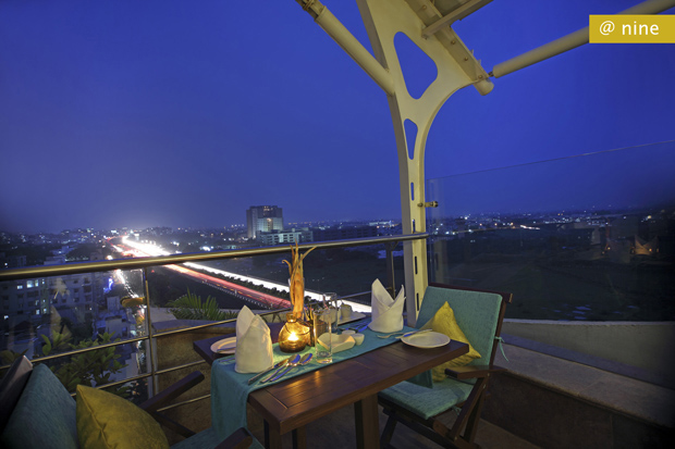 5 restaurants in Ahmedabad for a ritzy romantic dinner date!