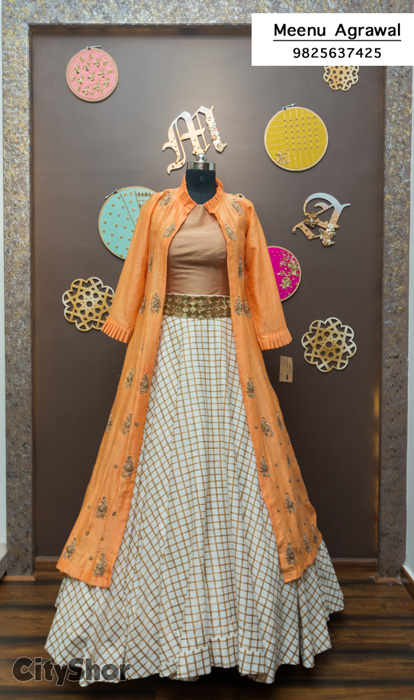 Finest Designer Apparels for the glamourous you!