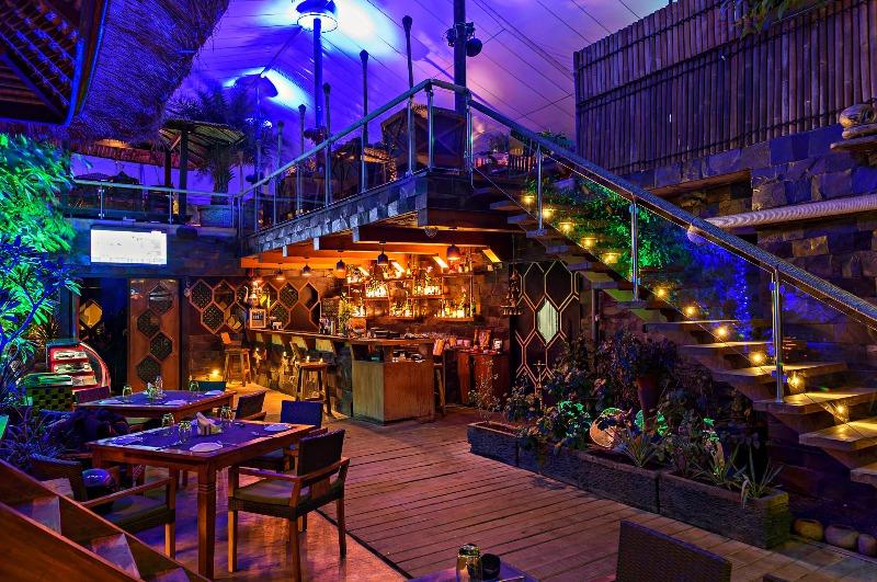 Top 9 Rooftop Restaurants of PCMC: Enjoy Food under the Rain