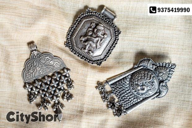 Exclusive Temple Jewellery in Polki & Thai Silver by Eshyl!