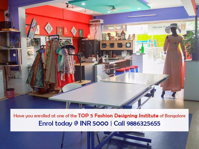 Head over this institute for a career In fashion Designing!