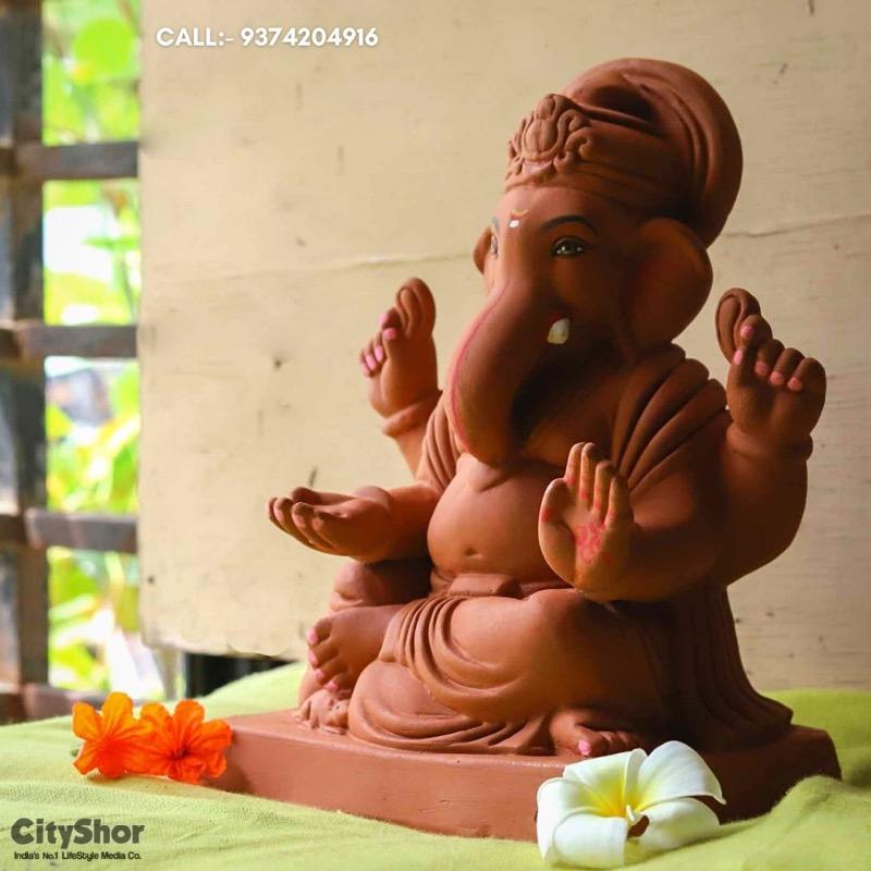 Eco-friendly Ganesha idol by Chakli