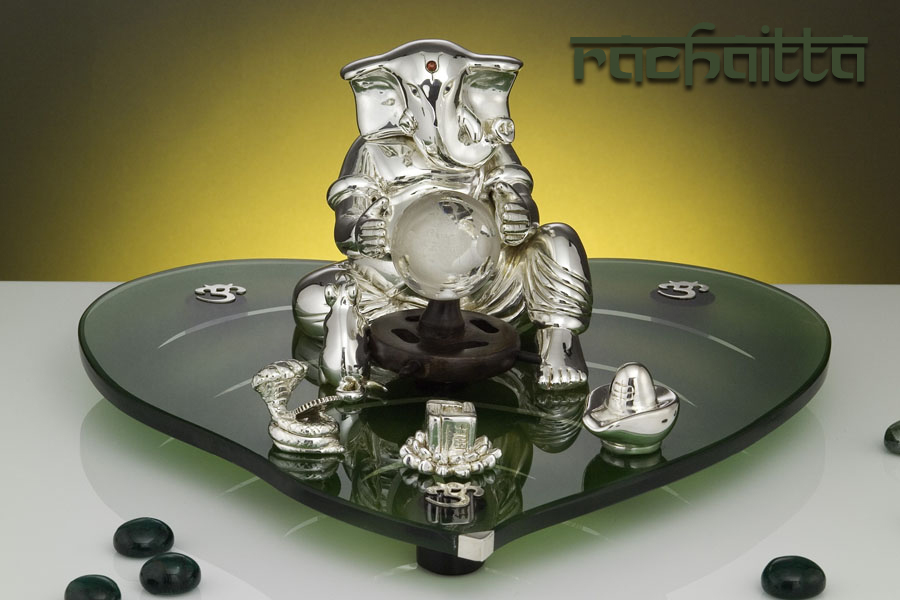 Symbolic and Silver Ganpatis by Episode Only at Théophile