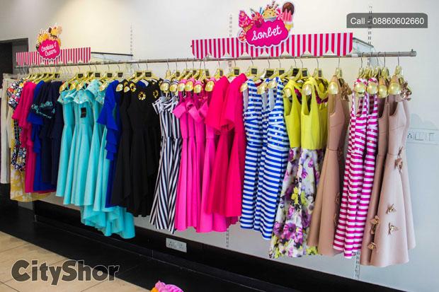 Grab the trendiest Prink Tonic's collection@ J.J.Art Gallery