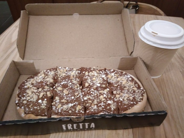 Teleport to Italy with the Nutella Bread, Pizzas of Fretta!