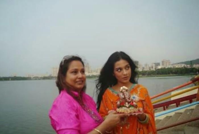 This Friday, Mould a Clay Ganesha for Ganesh Chaturthi!