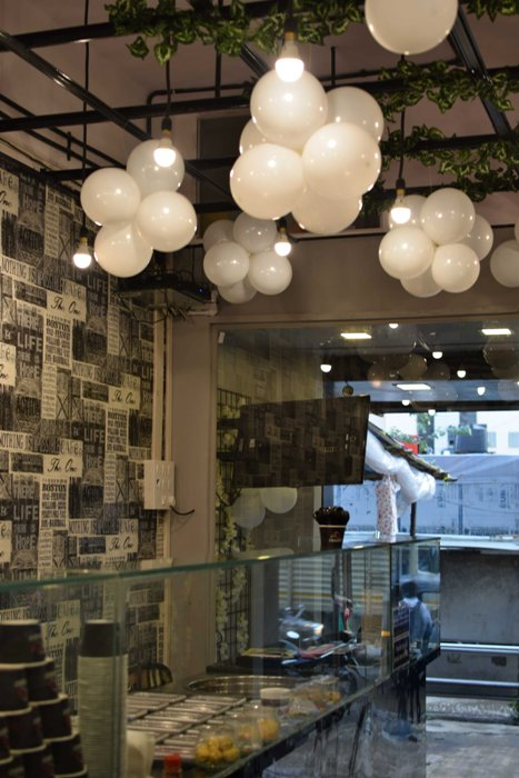 Foodies, Swoon Over Chocolate Tacos at this Malad Eatery!
