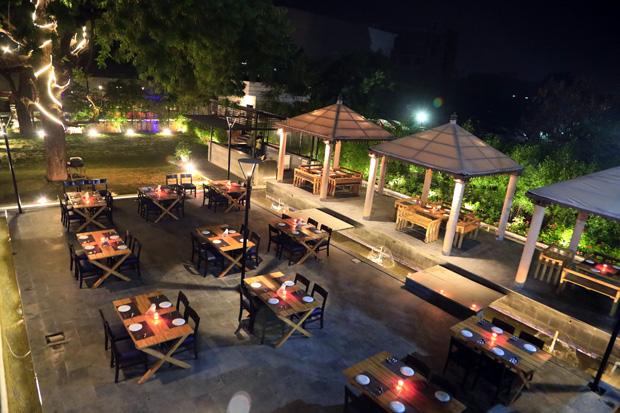 Dine under the Stars at Amane Restaurant