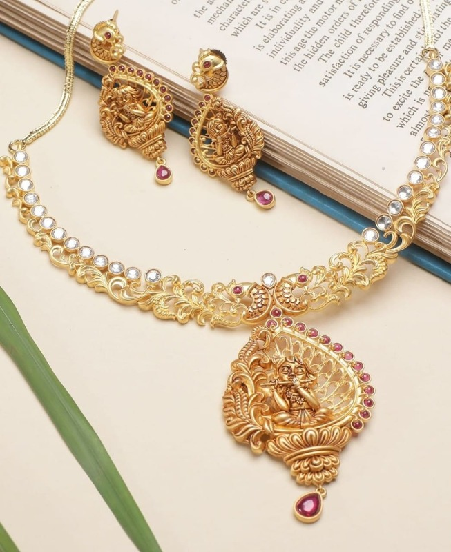 Class Apart Jewellery & Accessories at Hi Life - 2 Days To G