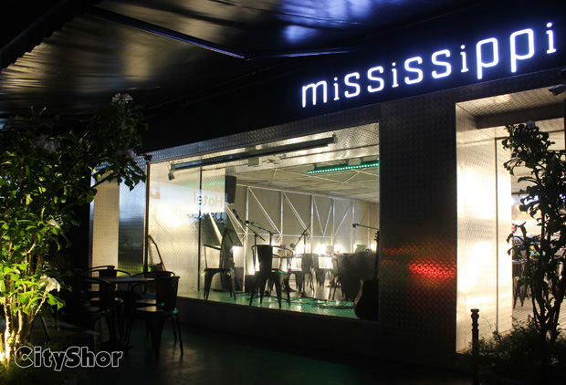 MISSISSIPPI - THE MUSIC CAFE