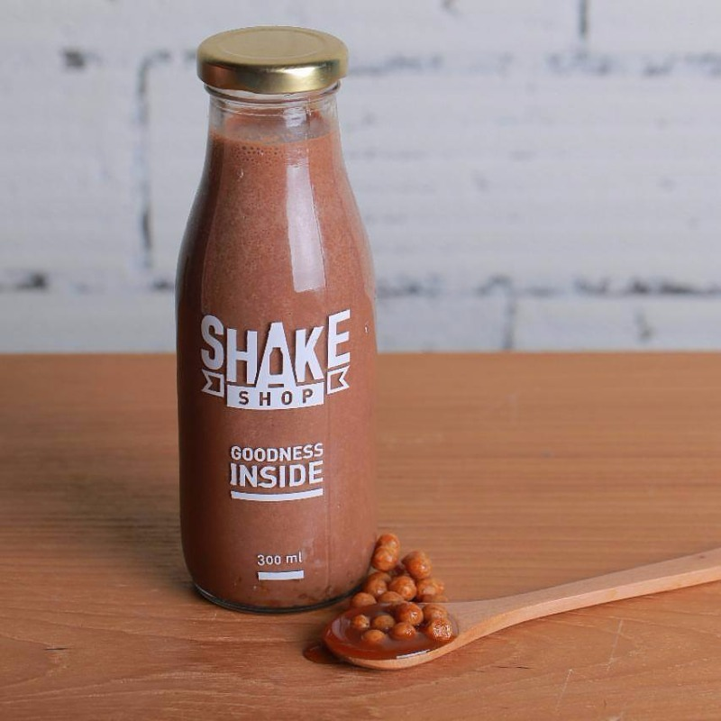 35+ Flavours of Chocolaty, Fruit Based Shakes at this Shop!