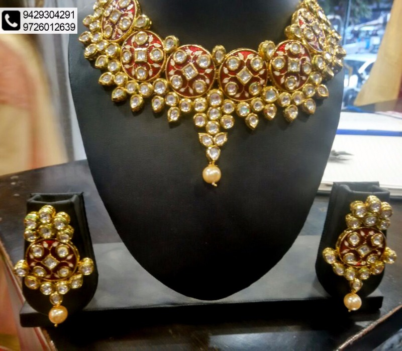 Acquaint yourself with Ethnic Designs @ Anay Gallery!