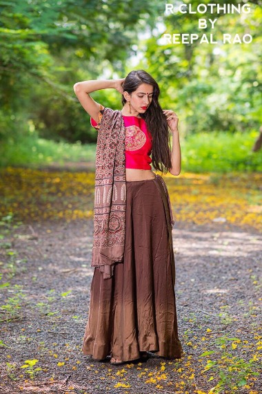 Get Fascinated by Troupe of Ecstatic Designs at Anay's!
