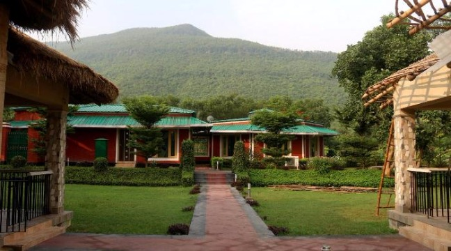 Indulge in the Richness of Nature, History at Garpanchkot!