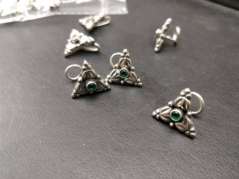 Clip-On Nose Rings that Look as Good as a Real Piercing!!