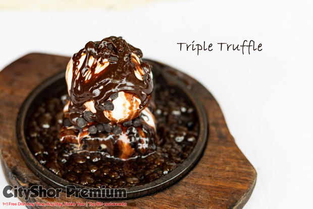 A bliss for the Brownie lovers at Sizzling Brownie