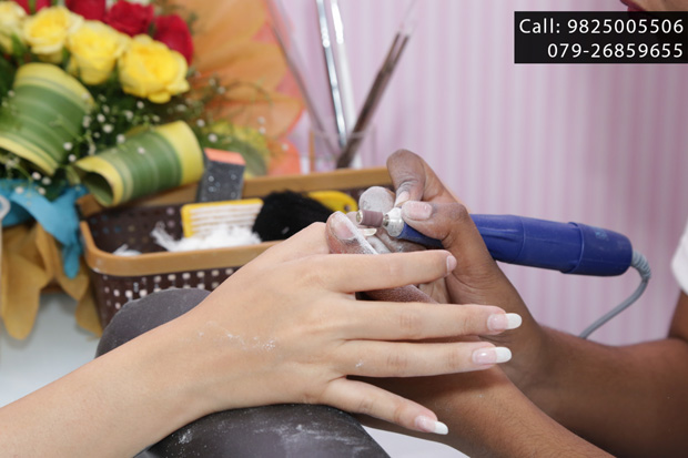 Flat 15% off for all CityShor subscribers at CANDY NAILS