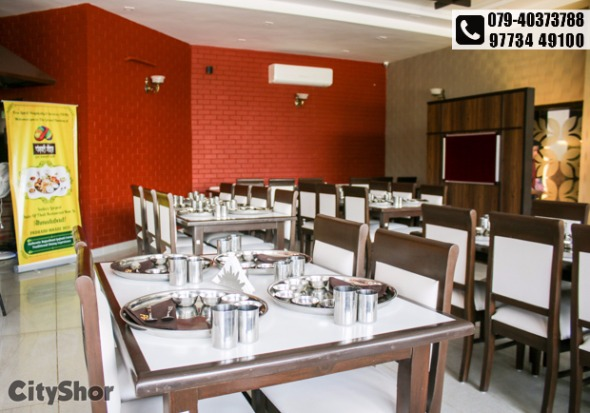 Enjoy authentic Rajasthani-Gujarati thali @ PANCHVATI GAURAV
