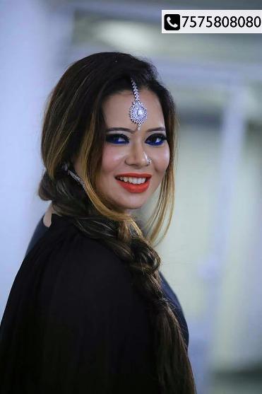 Roar Cheer Dance at Bollywood Night with Priyanka Vaidya