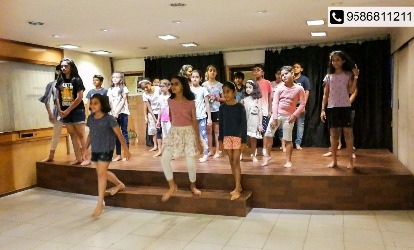 Get Li'l ones acquainted to World Class Theatre @ Footlights
