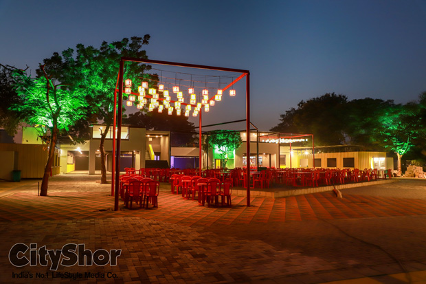 Book stalls at citys most cost effective food park- madrush