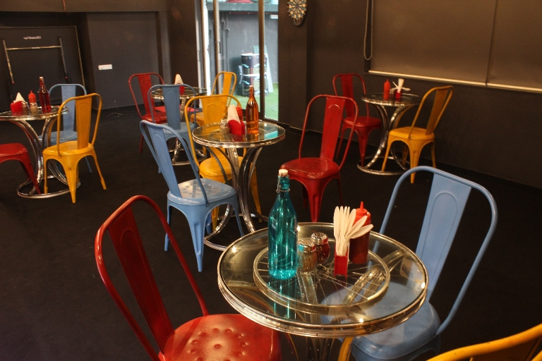 Wondrous Offers at SZISZAAS CAFE & LOUNGE