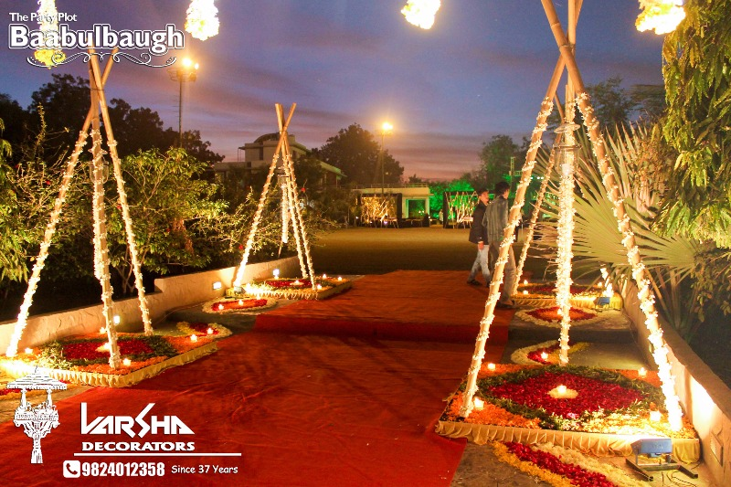 Affordable Sangeet sandhyas only with VARSHA DECORATORS!