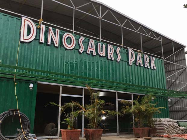 This New Thrilling Jurassic Park Is Just A Few Hours Away!