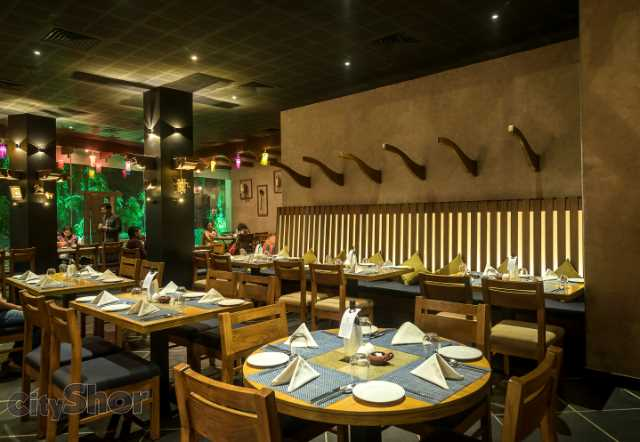 J1 - Enjoy a Traditional Meal in a Traditional Wada Like Décor