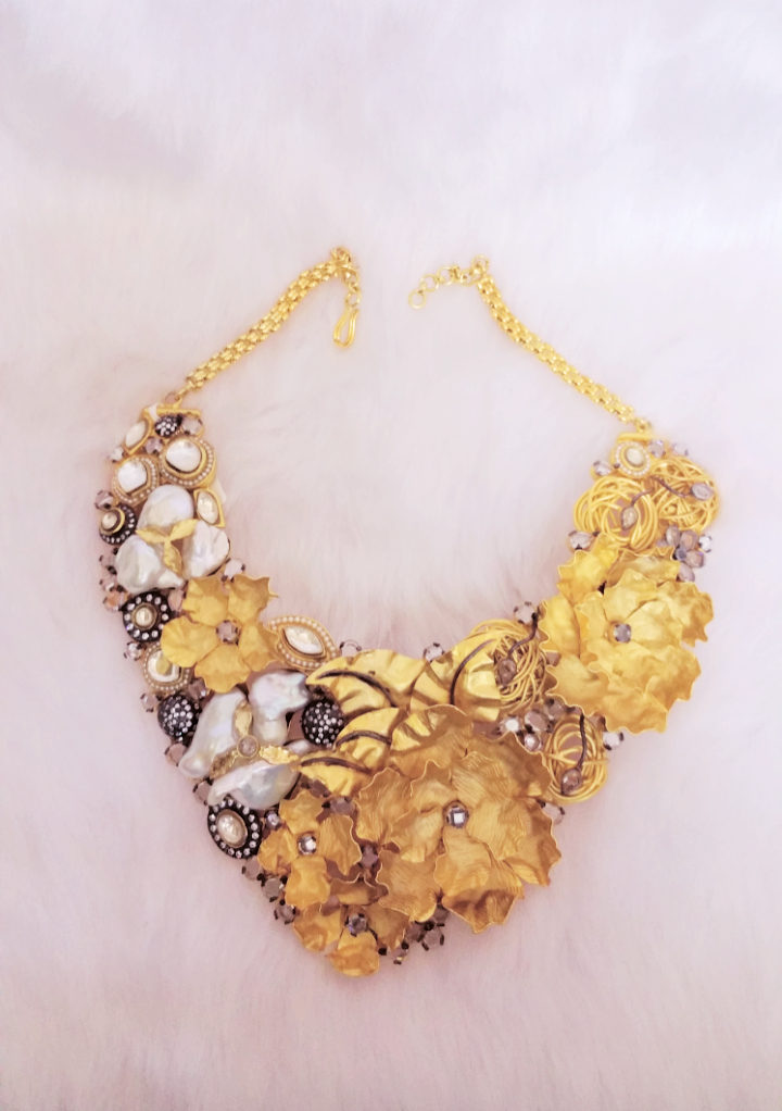 Best of jewellery and contemporary wear only @ HI LIFE