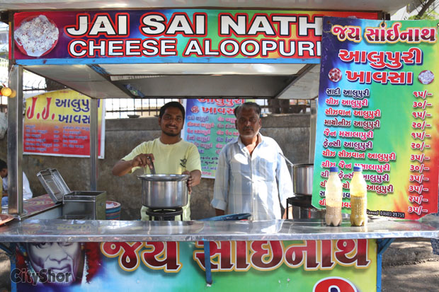 Cheese Loaded,Crisp,Spicy Aloo Puris to Die For under Rs.40!